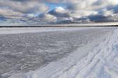 Icy Baltic coast. — Stock Photo