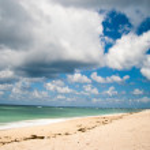 Bali beach, Indonesia — Stock Photo #32030111
