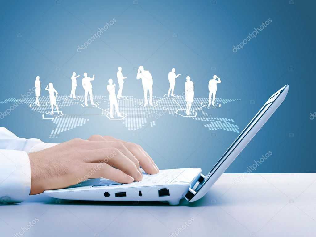 Computer keyboard and multiple social media images — Stock Photo #12673193
