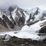 Снежные горы — Стоковое фото