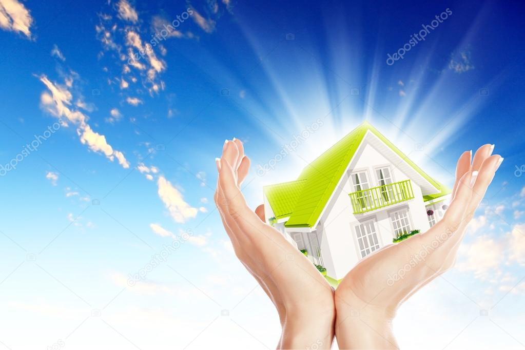 Hand holding / offer house. Real estate concept. Handful collection. — Stock Photo #15319583