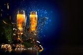 Gläser champagner zu silvesterparty — Stockfoto