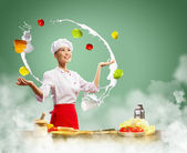 Juggler female cook — Foto de Stock
