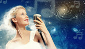 Image of female singer — Stock Photo
