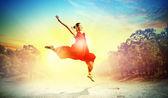 Female ballet dancer — Stock Photo