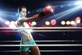 Young boxer woman — Stock Photo
