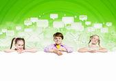 Kinder mit banner — Stockfoto