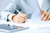 Signing documents — Stock Photo