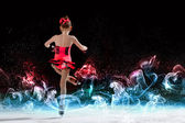 小さな女の子のフィギュア スケート — ストック写真
