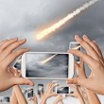 Falling meteorite — Stock Photo #41140111