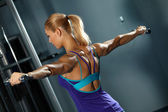 Shoulder workout — Stockfoto