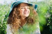 Dziewczyna w kapeluszu — Zdjęcie stockowe