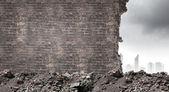 Brick damaged wall background — Stock Photo