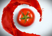 Juicy tomato — Stock Photo