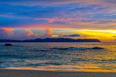 Colorato tramonto sul mare — Foto Stock
