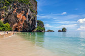 Famous Railay beach in the Thai province of Krabi. — Stock Photo