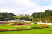 Gloriette and Schonbrunn gardens, Vienna — Stock Photo