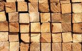 Tableros de madera en un almacén — Foto de Stock