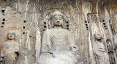 Longmen Grottoes with Buddha's statue — Stock Photo
