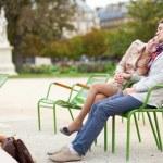 Romantic couple having a date in the Tuilleries garden of Paris — Stock Photo #12018535