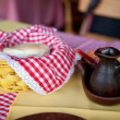 Fresh bread and olive oil in a Chilean restaurant — Foto Stock