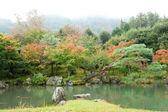 Arashiyama, kyoto, japonya'nın güzel sonbahar manzara. ta fotoğraf — Stok fotoğraf