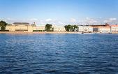 ネヴァ堤防。サンクトペテルブルク, ロシア — ストック写真