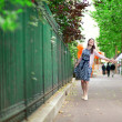 Cheerful dating couple is walking in Paris — Foto de Stock