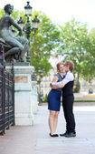 Romantic date in Paris — Stock Photo