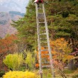 Fire lookout tower in traditional Japanese village Shirakawa-go, — Stockfoto