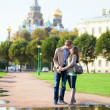 Dating couple near Church of the Savior on Blood in Saint-Peters — Stock Photo