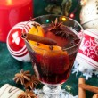 Beautiful Christmas setting with mulled wine and spices — Stock Photo