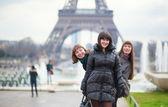 Friends in Paris — Stock Photo