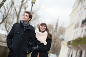 Dating couple walking in Paris — Stock Photo