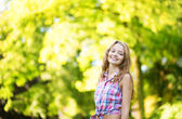 Girl on a warm and sunny fall day — Stock Photo