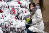 Girl with Christmas gift — Stock Photo