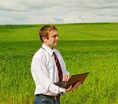 Man with laptop. — Stock Photo