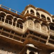 Beautiful old ornate balconies of medieval haveli in Jaisalmer — Stock Photo #19047501