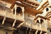 Old beautiful Haveli in Jaisalmer golden city,Rajasthan, India — Stock Photo