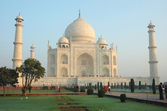 Taj Mahal monument listed as UNESCO World Heritage Site ,India — Stock Photo