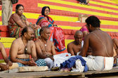 Brahmins (priests) perform puja - ritual ceremony at Varanasi ghats,India — Stock Photo