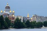 Church of the Nativity at Obolon embankment,Kiev,Ukraine — Stock Photo
