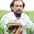 Man praying for good wheat year — Foto de Stock