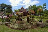 Park van boeddhistische tempel — Stockfoto
