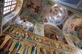 Interior da catedral da assunção, no mosteiro de planalto de valdai, russi — Foto Stock