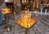 Burning candles in an Orthodox church in Easter. Easter is the m — Stock Photo