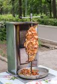 Shawarma è uno del più popolare piatto fast food in eas medio — Foto Stock