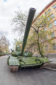"SAMARA, RUSSIA - MAY 6, 2014: Main battle tank T-72 ""Ural"" exhib — Stock Photo"