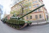 "SAMARA, RUSSIA - MAY 6, 2014: Main battle tank T-72 ""Ural"" exhib — Stock Photo"