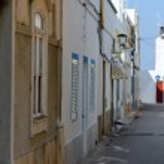 Street of Fuseta village, Portugal — Stock Photo #49481629